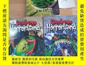 二手書博民逛書店GOOSEBUMPS罕見HORRORLAND:CREEP FROM THE DEEP等3本合售Y246207