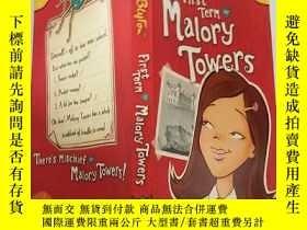 二手書博民逛書店First罕見Term At Malory Towers 馬洛裏大廈第一學 期Y200392