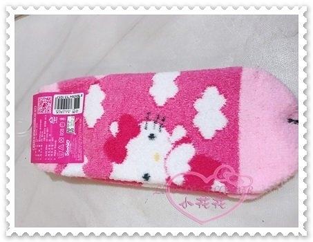 ♥小花花日本精品♥Hello Kitty 毛襪棉襪保暖襪蝴蝶結雲朵粉色站姿韓國限定韓國製 77810304