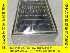 二手書博民逛書店The罕見Snowball:Warren Buffett and the Business of Life(雪球: