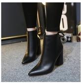 小鄧子2017新款女鞋秋冬季短筒粗跟馬丁靴潮女短靴高跟尖頭女靴及裸靴子