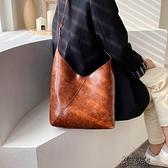 韓版休閒大容量單肩水桶包百搭包包女包新款夏復古斜背包包潮 【快速出貨】