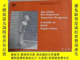 二手書博民逛書店The罕見child development Associate
