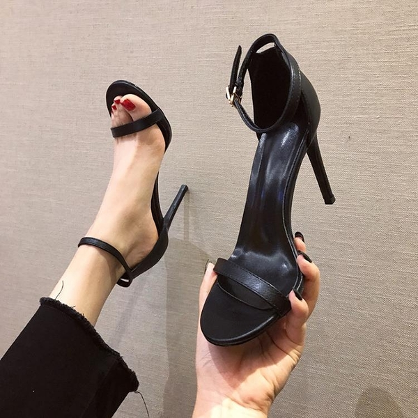 涼拖鞋 黑色一字扣帶涼鞋2021新款夏季網紅高跟鞋女鞋細跟白色仙女風【新品狂歡】