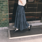 Queen Shop【03020711】學院風格紋蛋糕牛仔裙*現+預*