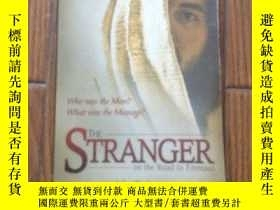 二手書博民逛書店The罕見Stranger on the Road to Emm