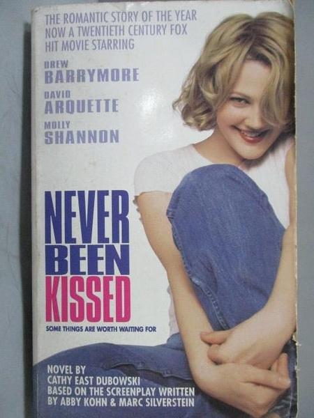 【書寶二手書T3/原文小說_OUA】Never Been Kissed