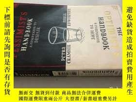 二手書博民逛書店THE罕見PESSIMIST S HAND BOOKY5919