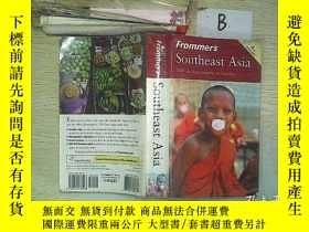 二手書博民逛書店Frommer s罕見Southeast Asia  來自東南亞