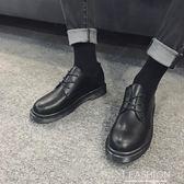 英倫四季百搭黑白小皮鞋男全黑休閒鞋情侶裝厚底圓頭皮靴馬丁男鞋-Ifashion