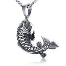 《QBOX 》FASHION 飾品【CPN-769】精緻個性復古精雕鯉魚造型鑄造鈦鋼墬子項鍊/掛飾