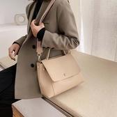 托特包高級感包包女2020夏天新款潮時尚百搭大容量斜背包網紅手提托特包 童趣屋