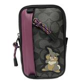 【COACH】迪士尼聯名款桑普兔PVC皮革AirPods 手機腰包(PVC黑灰)