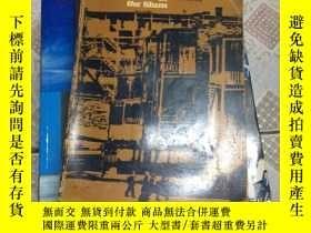 二手書博民逛書店the罕見social order of the slumY15