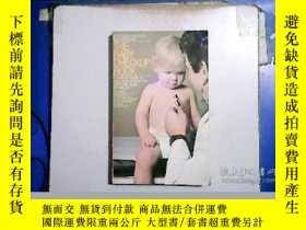 二手書博民逛書店THE罕見BABY CHECKUP BOOK 嬰兒登記簿【編號: