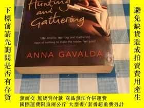 二手書博民逛書店Hunting罕見and GatheringY17030 Gav