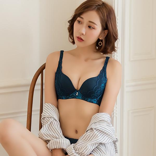 撞色美背蕾絲防副乳成套內衣_藍【黛瑪Daima】