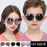 OT SHOP太陽眼鏡‧中大兒童款抗UV墨鏡時尚金屬膠框造型設計款‧亮黑全灰‧現貨‧K19