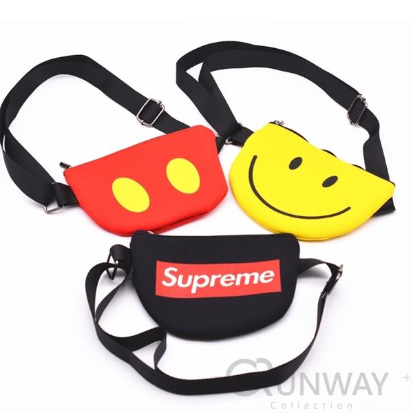 【現貨】迷你可愛 相機包 側背小包 笑臉 米奇 兒童斜肩包 時尚小物包 寶寶零錢包 胸包