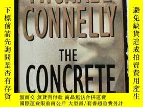 二手書博民逛書店THE罕見CONCRETE BLONDE (英文原版 混凝土裏的