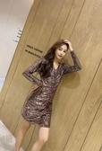 性感洋裝輕奢設計感裙子輕熟風2020冬款女氣質V領不規則亮片連身裙T647-A.1號公館