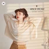 上衣 Space Picnic|正韓-不收邊字母寬版長袖上衣(現+預)【K20093010】