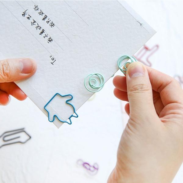 【BlueCat】旋轉彩色金屬萌圖造型迴紋針(18入)
