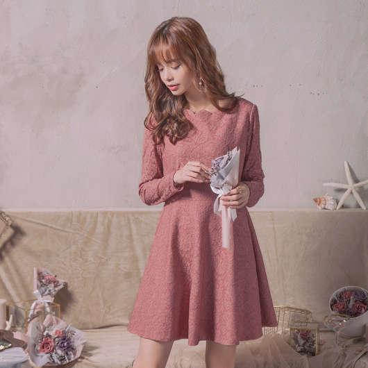 東京著衣【YOCO】古典美人唯美全蕾絲修身洋裝-S.M.L(172554)