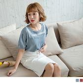 《AB6891-》方領圖騰刺繡高含棉公主袖上衣 OB嚴選