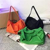 健身包韓國網紅同款尼龍斜背包包女ins時尚大容量短途旅行包健身包書包 雲朵 618購物