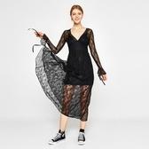 【南紡購物中心】《D Fina 時尚女裝》一粒扣 微透黑蕾絲連身小禮服