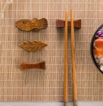 [協貿國際]多造型楠木筷架6入