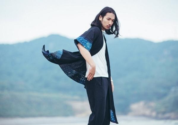 日系 設計 大牌 風格 和服 穿搭 不撞衫 特別設計  民族 歐美 圖騰 塗鴉 古著FINDSESNE品牌