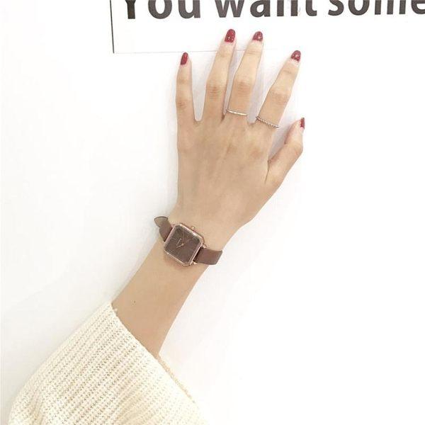 復古港味chic風小方錶潮女學生韓版簡約 方形ins冷淡風百搭手錶女  極有家