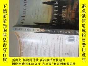 二手書博民逛書店TRAVELING罕見LIGHT MAXLUCADO旅行燈麥克盧卡多 詳情如圖 品如圖 16開 37-3 下書口有