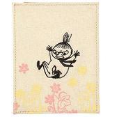 《Gakken》MOOMIN嚕嚕米刺繡亞麻拼接材質車票證件套(小不點亞美)_GK13433