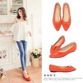 Ann'S訂製款羊麂皮質感梯形扣尖頭平底鞋-橘