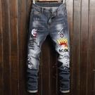 新品特惠# 春秋季外貿新款歐美字母刺繡男式修身牛仔時尚做舊彈力休閑牛仔褲