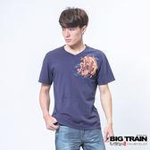 BIG TRAIN 日式雲龍波輪V領T-男-丈青