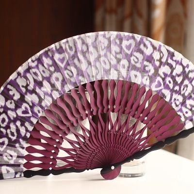 扇子 愛心骨雕刻 紫 豹紋