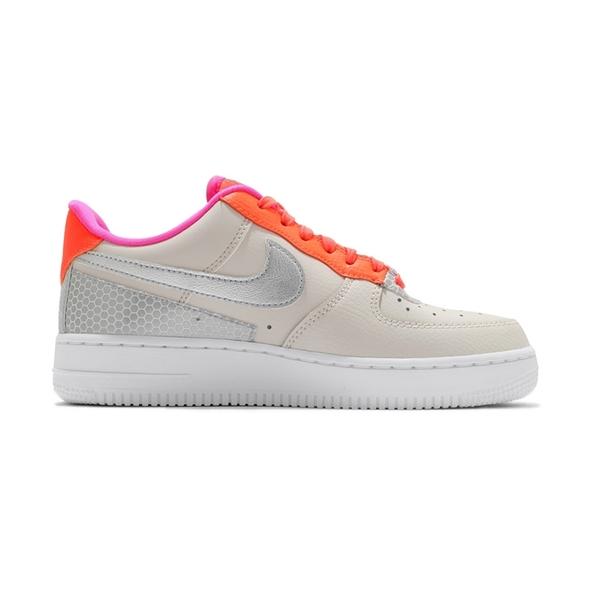 Nike WMNS Air Force 1 07 SE 女鞋 米白橘 AF1 皮革 簡約 反光 休閒鞋 CT1992-101