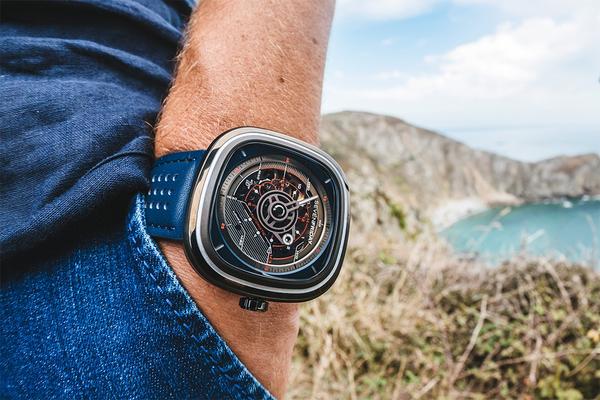 SEVENFRIDAY設計師系列T3自動上鍊機械錶47mm/T3