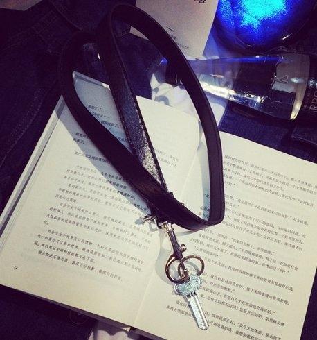 【找到自己】韓國 鑰匙 項鍊 皮革項鍊 現貨  紀梵希 GV LV 男項鍊 潮流項鍊 珠項鍊