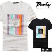 『潮段班』【SD031975】L-XL彩色仿木紋設計英文字母印花圓領短袖上衣T恤