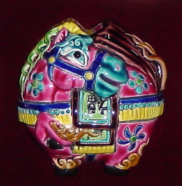 鹿港窯-居家開運商品-台灣國寶交趾陶裝飾壁飾-正方立體框【十二生肖-馬】免運費送到家