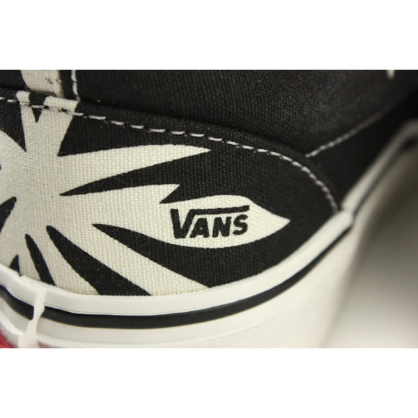VANS Classic Slip-On 休閒布鞋 懶人鞋 黑/白 男女鞋 181060801 no494