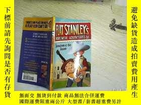 二手書博民逛書店FLAT罕見STANLEYS WORLDWIDE ADVENTU