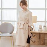 美之札[88155-S]中尺碼*氣質純色腰荷葉邊綁結遮肚兩件套名媛洋裝