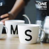 優惠兩天-藍蓮花高骨瓷創意黑白英文字母杯馬克杯早餐杯牛奶杯咖啡杯麥片杯【好康八九折】