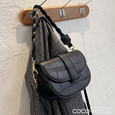 熱賣馬鞍包 今年流行的包包2021新款潮秋冬網紅側背馬鞍包斜背包女百搭 coco
